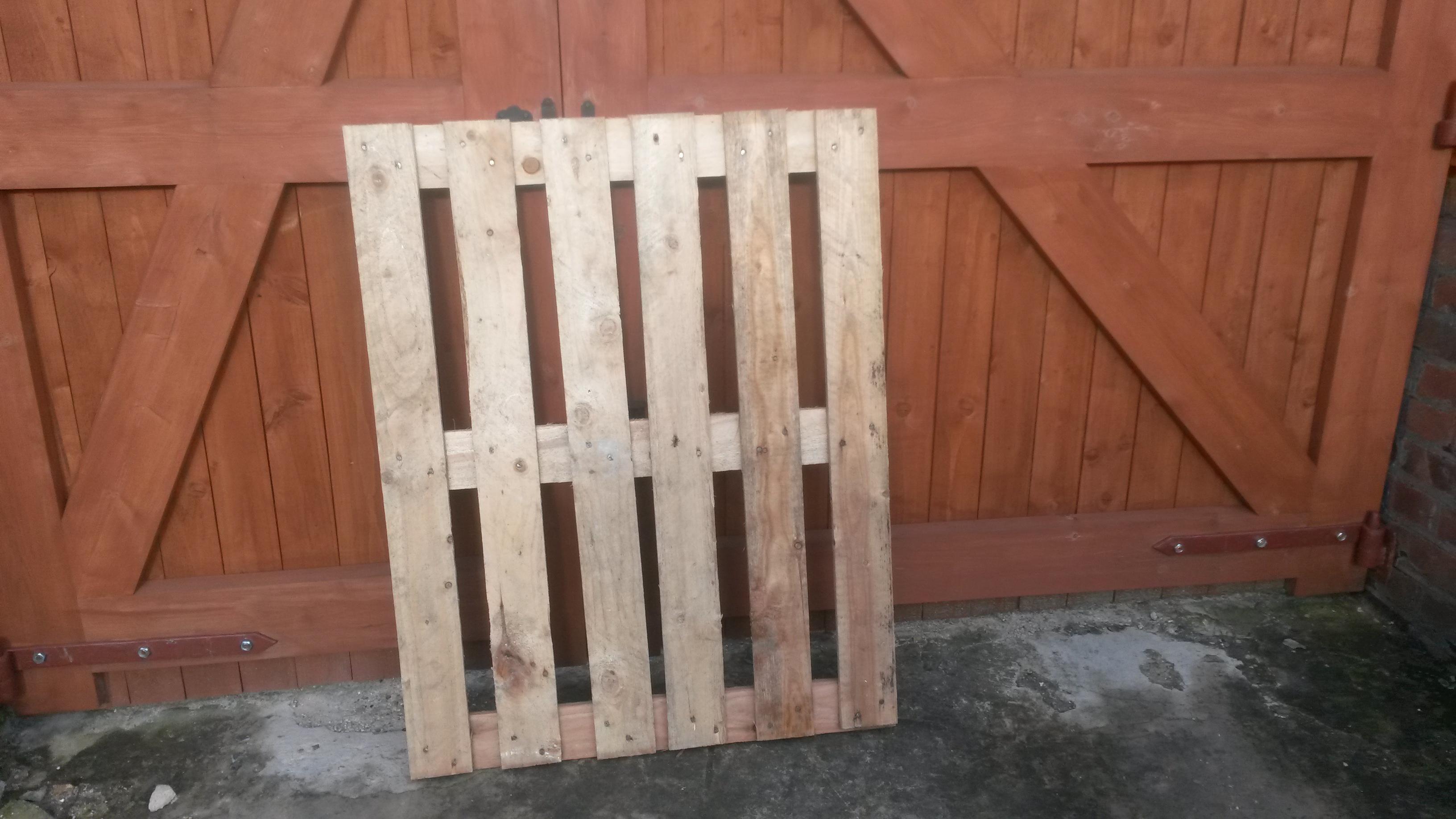 Broken Pallet To Rustic Gate Beekeeping Afloat